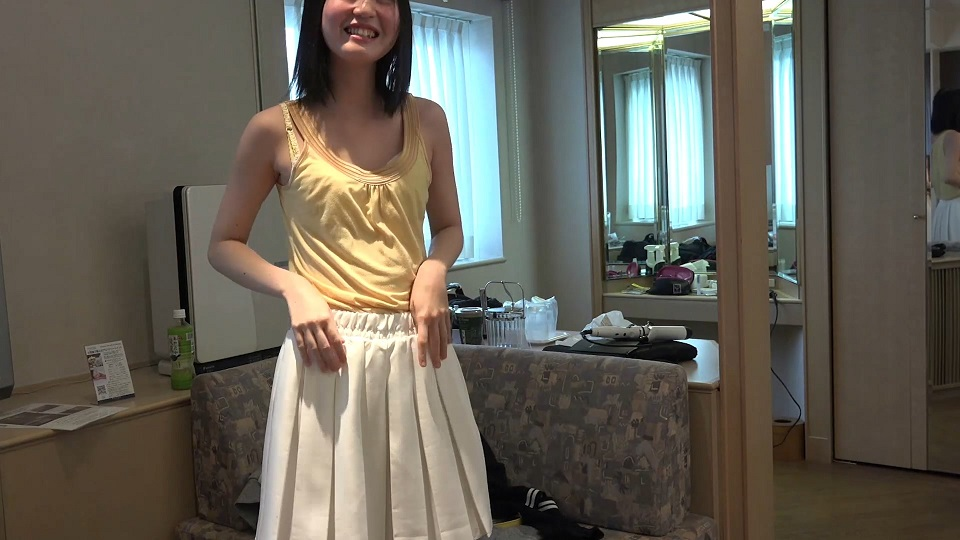 FC2PPV-838012 完全顔出し☆S級♥色白美少女