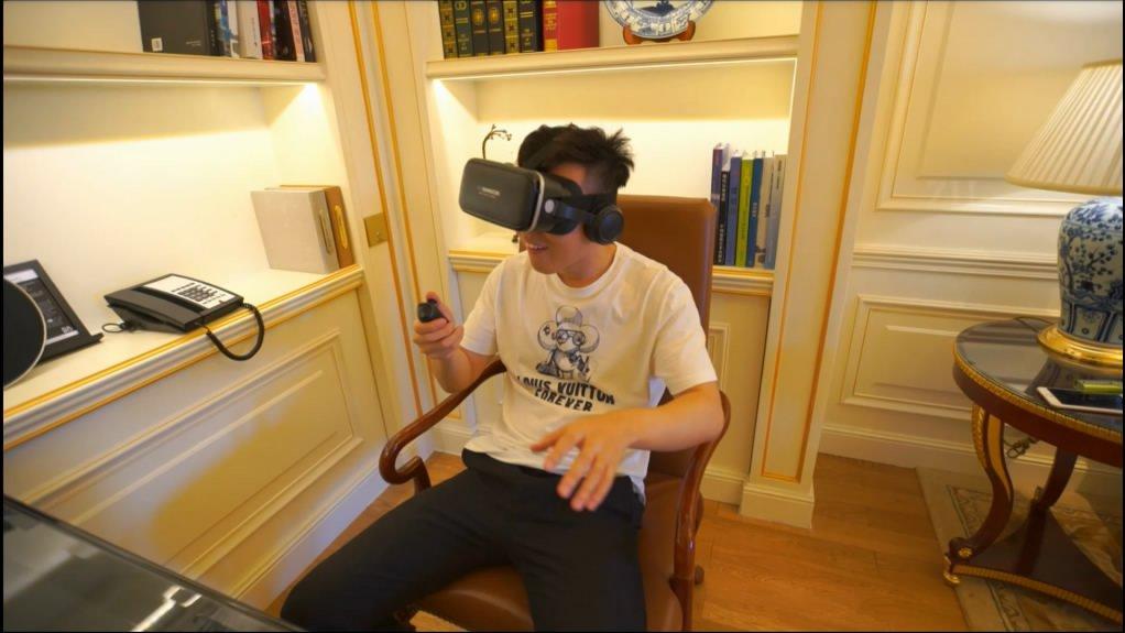 最新G哥大尺度白金视频破解流出爆乳嫩模颜瑜角色扮演VR制服诱惑