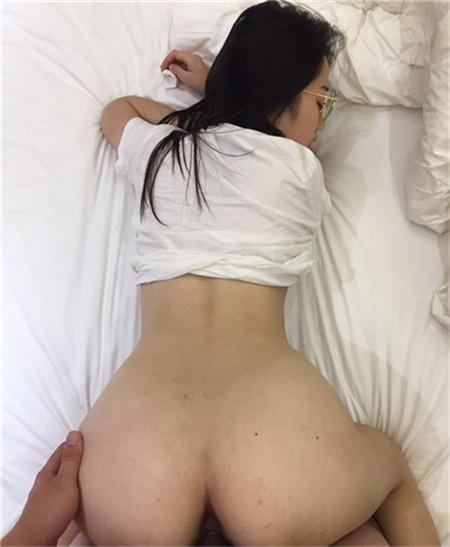 【网曝门事件】漂亮前女友分手不雅自拍被渣男友泄露流出 丰臀粉