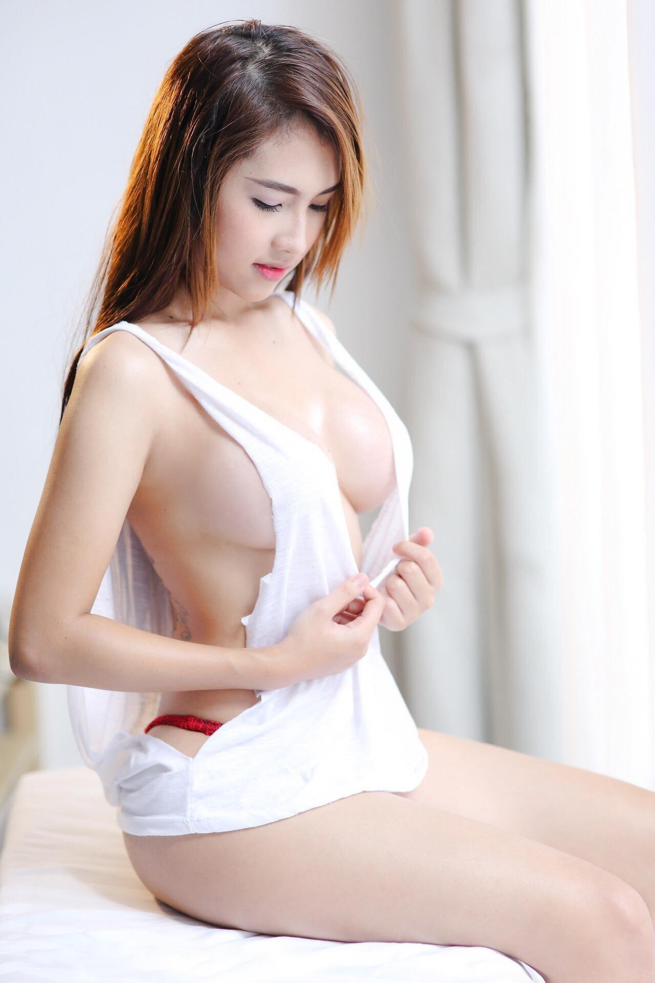 东亚火辣宝贝系列2,网红,乳球,CosPlay,蛇精脸,绝妙好文