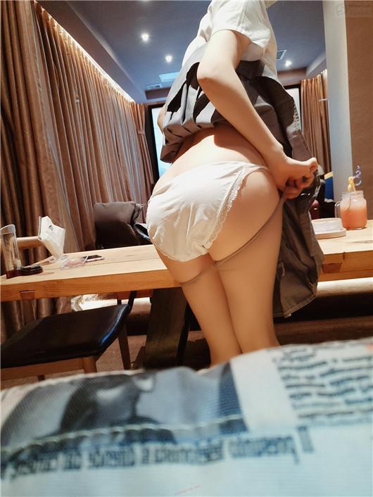 最新极品热辣网红美少女制服『邪魔暖暖』魅惑新作-影吧包房 淫语