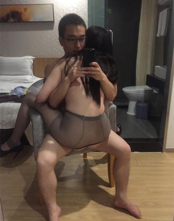 相爱三年南京大学学妹渣男友出售不雅性爱私拍视频流出 高清私拍1000P 超清1080P原版无水印