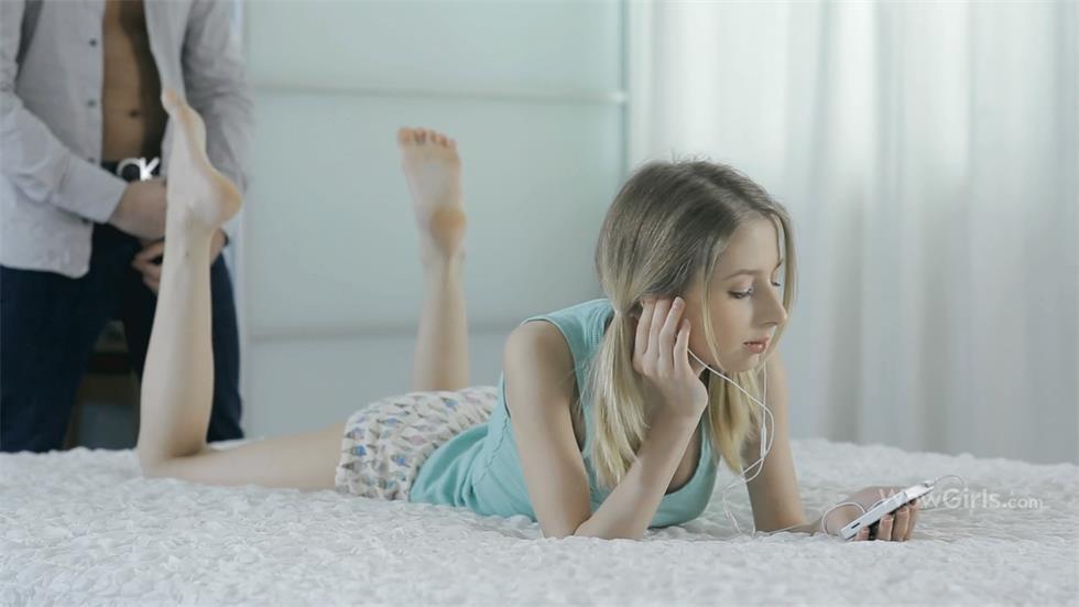精灵般的苗条小姐姐床上风情搞挡不住鸡动想操啊 美女嫩嫩大长腿