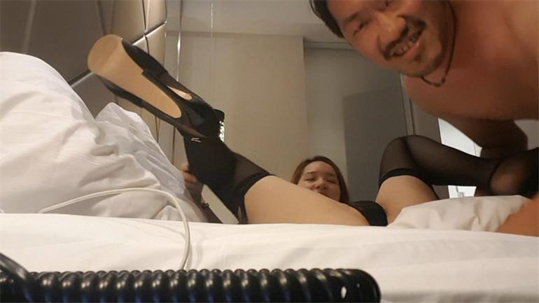 高颜值美女新婚一年出轨猥琐男性爱私拍不雅视频流出 黑丝美腿 名器粉鲍 细腰美臀 高清私拍96P 高清1080P版