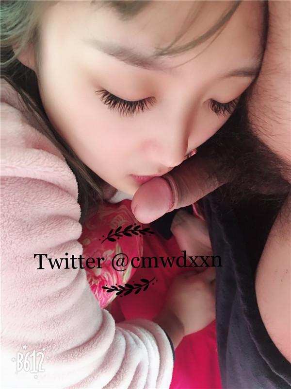 最新推特网红少女草莓仙女VIP会员版首次大尺度与男友性爱啪啪内