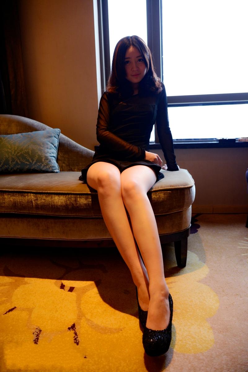 精品PANS漂亮模特蕾蕾 大尺度私拍原版套图39P 视频1V及内部VIP收