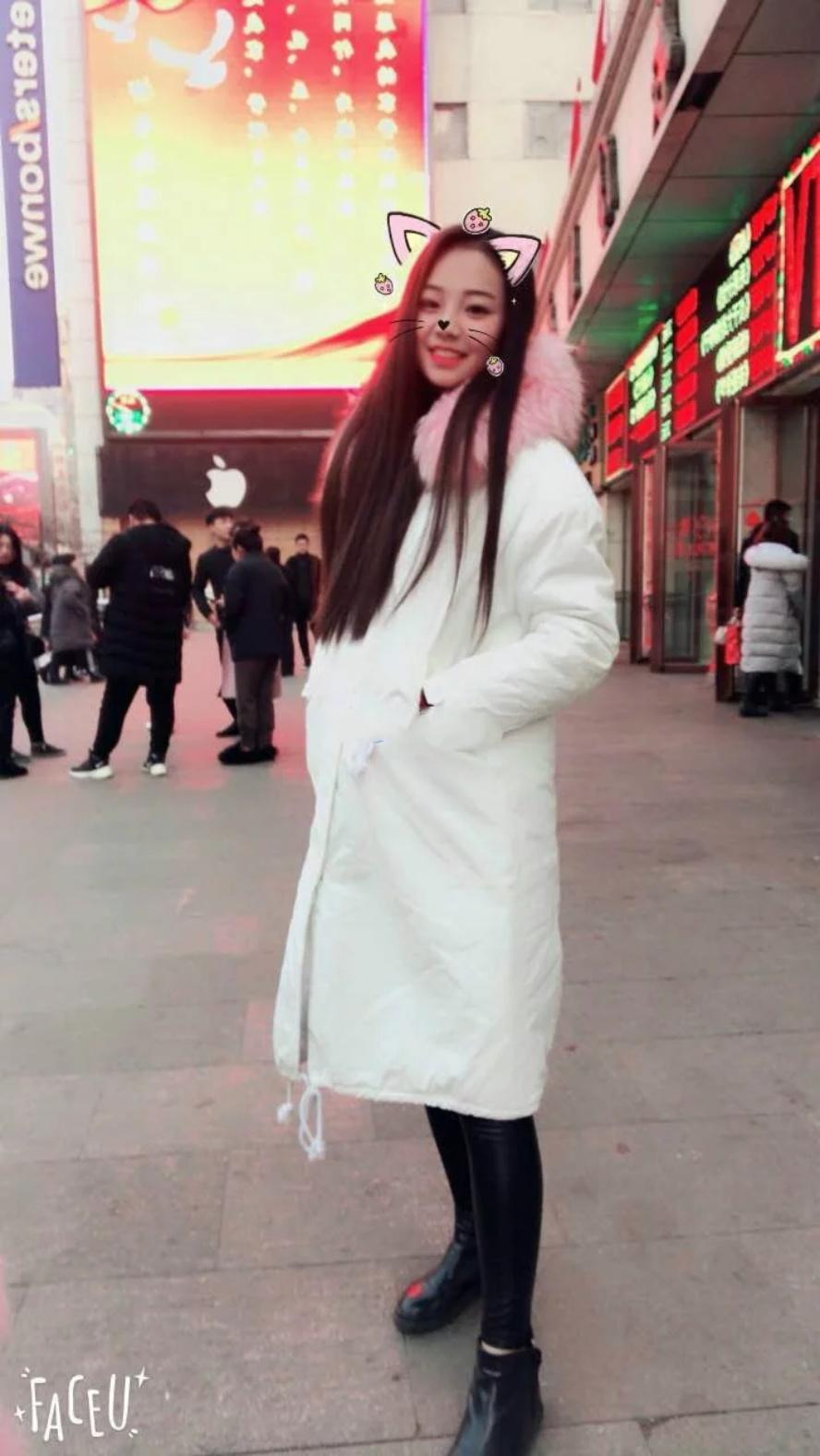 【百度云泄密系列】年轻漂亮的音乐学院美女流出颜值爆表4V合 1V+175P[1.35G]