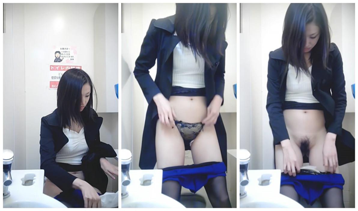 外站流出潮流购物商场坐厕偷拍时尚美女们嘘嘘蓝色短裤美眉的透明蕾丝内裤好性感