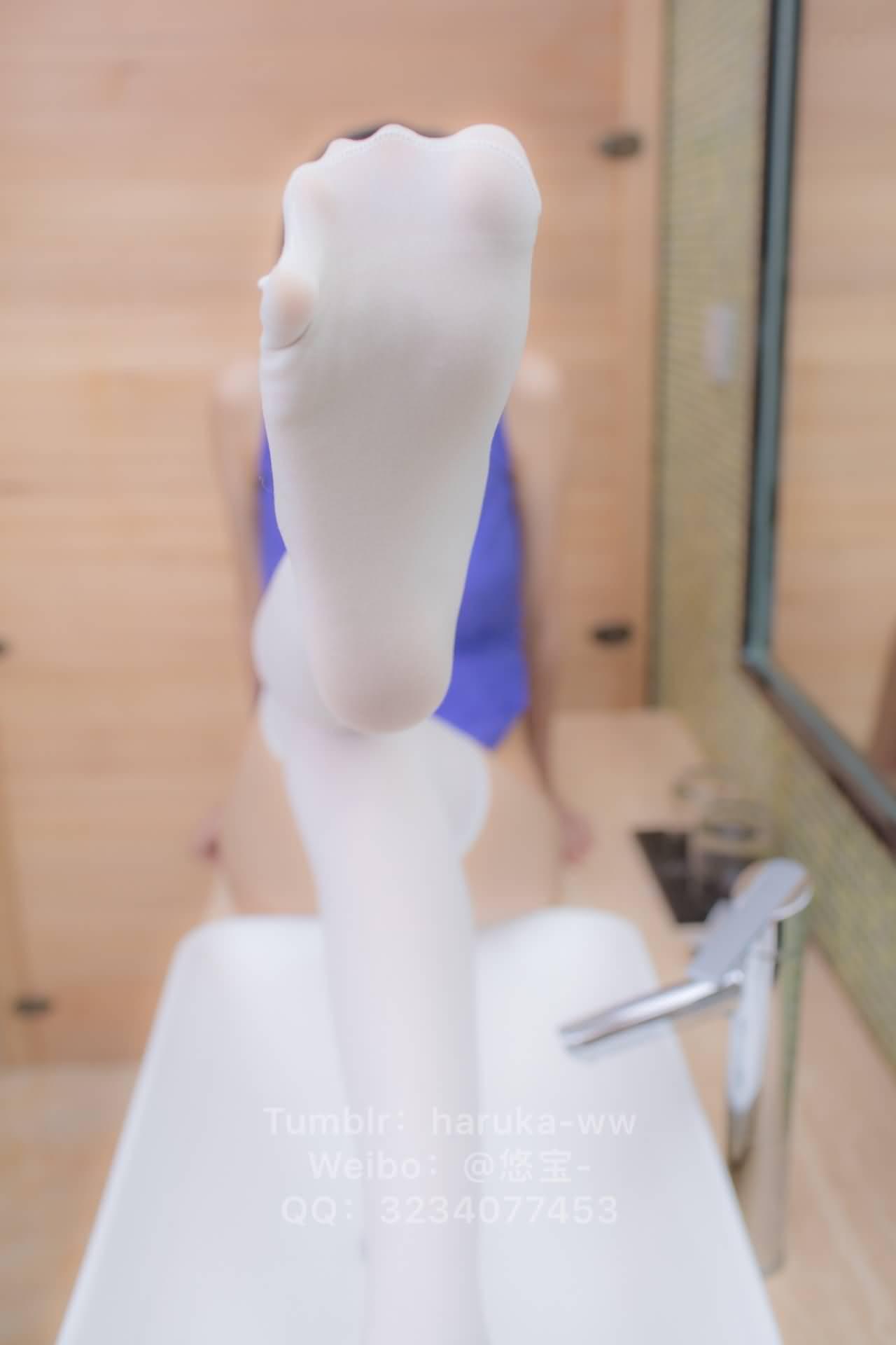 ryKG5N - Young japanese school girl white stockings cheongsam 悠宝三岁 白丝旗袍