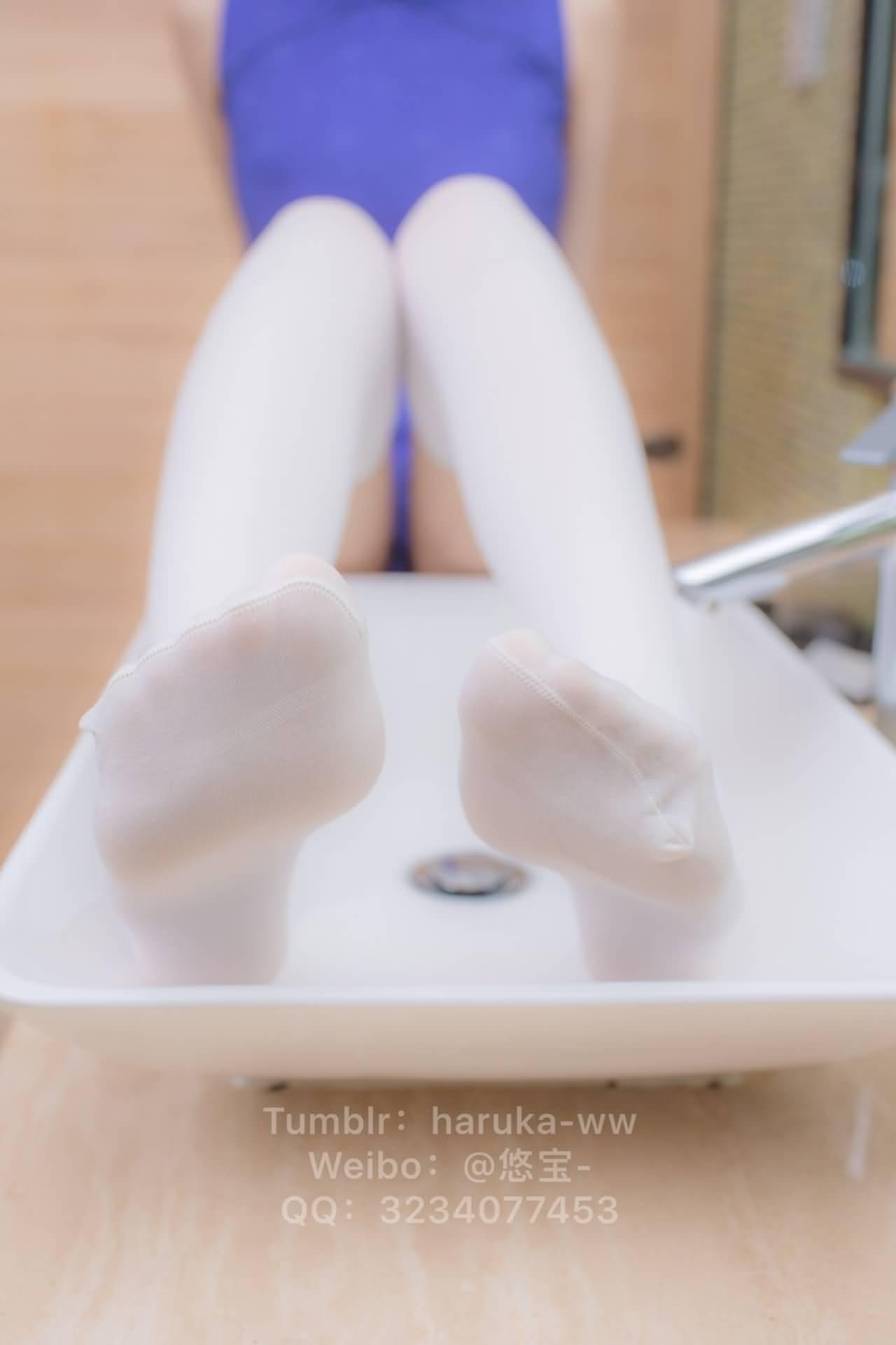 xafbM9 - Young japanese school girl white stockings cheongsam 悠宝三岁 白丝旗袍