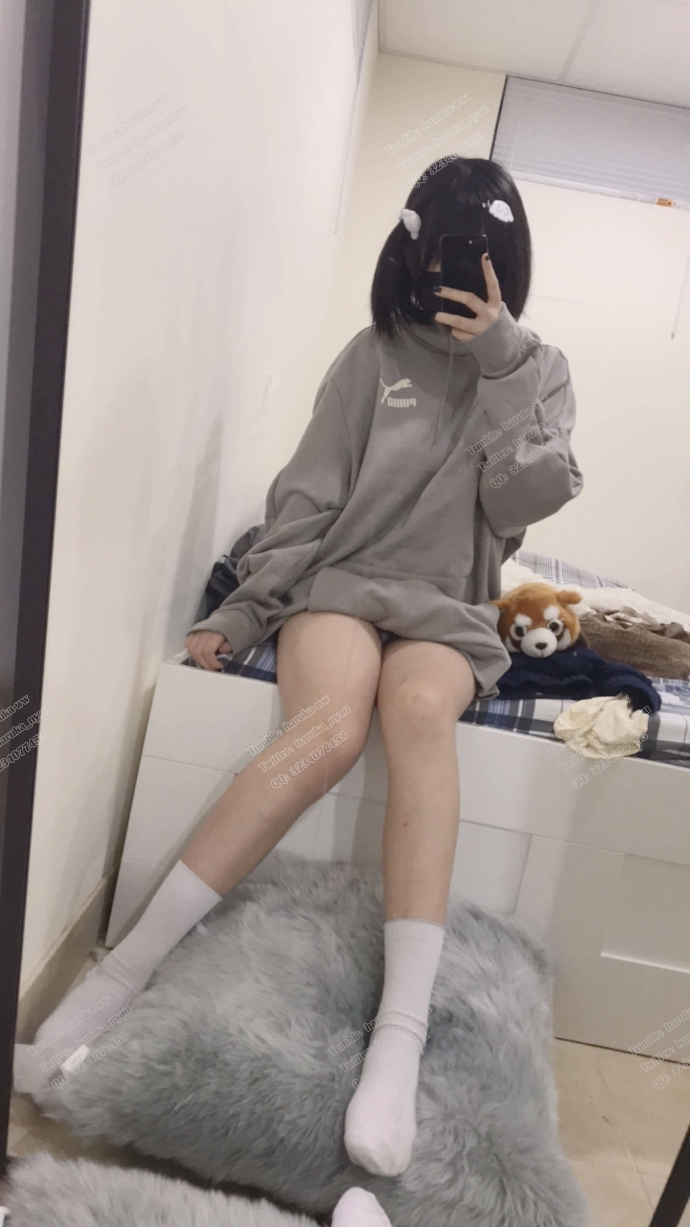 6qBy0d - Japanese school girl selfie for her big tits and hot pussy 悠宝三岁 自拍