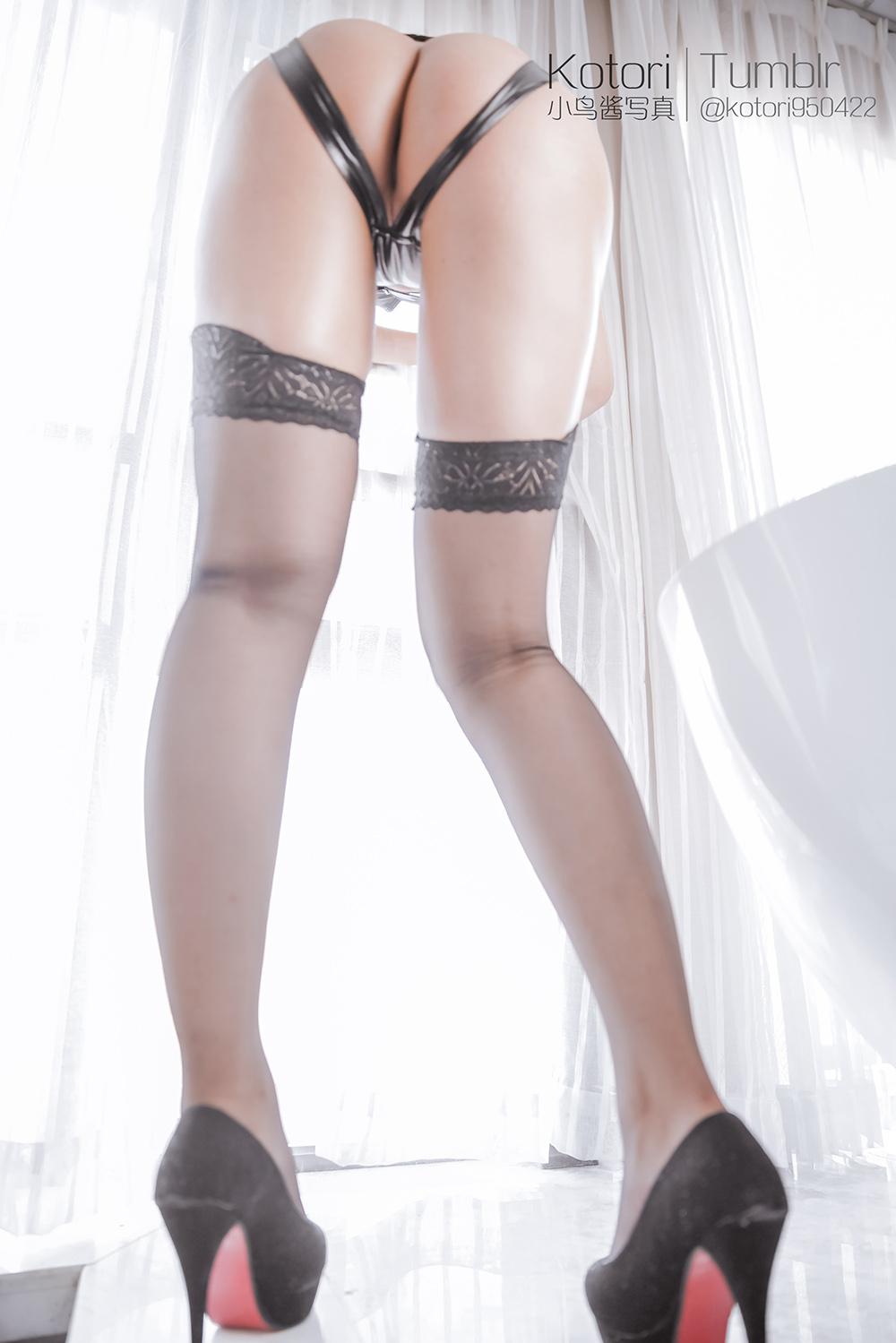 MAOm8D - Cosplay girl PR社 福利姬 小鸟酱系列–黑色束缚衣