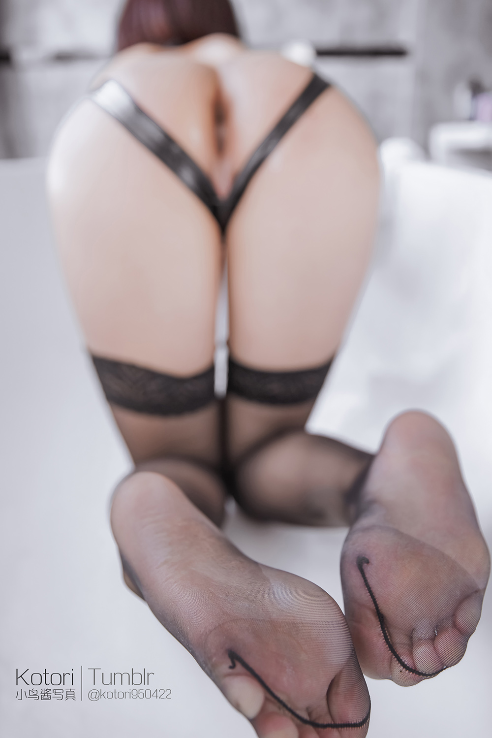 aXqxYJ - Cosplay girl PR社 福利姬 小鸟酱系列–黑色束缚衣
