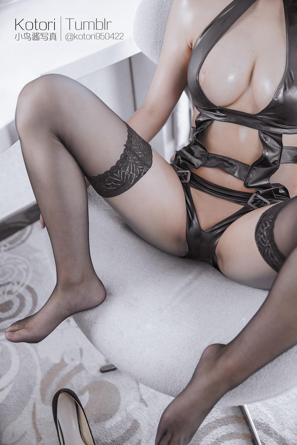 xK4ogj - Cosplay girl PR社 福利姬 小鸟酱系列–黑色束缚衣