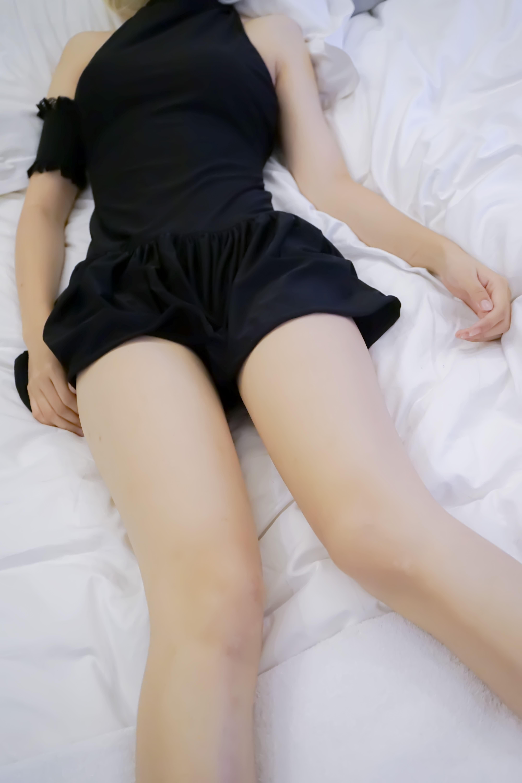 m5oiWs - 【The Girl Theater】 少女映画 Cosplay saber 黑泳装