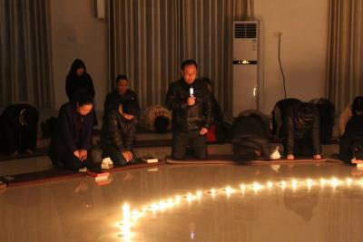 江西圣经学校为四川凉山森林火灾遇难英雄家属和响水3.21特大爆炸事故举行祷告会