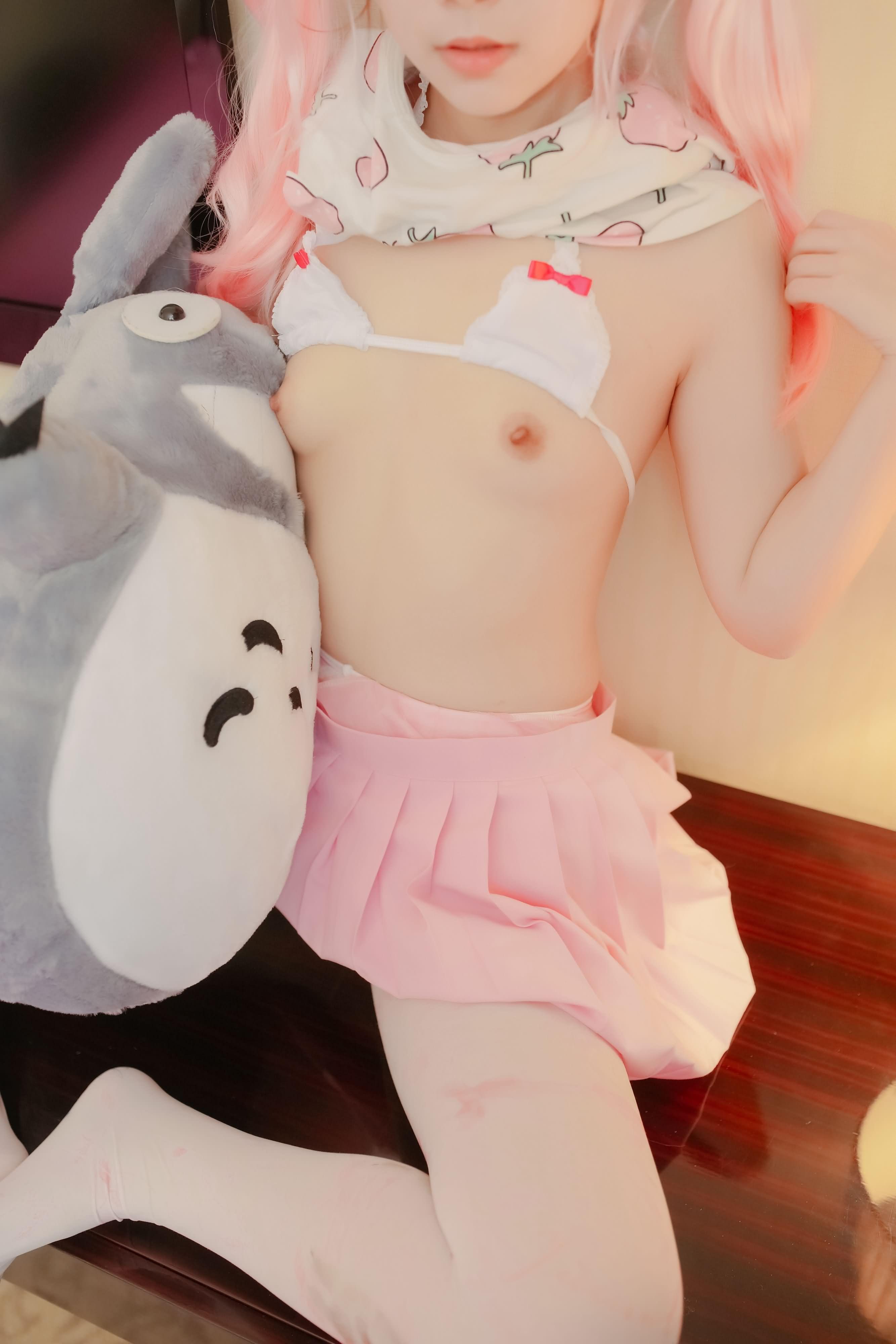 HfmyaU - 【The Girl Theater】 少女映画 Cosplay 龙猫与少女 90P
