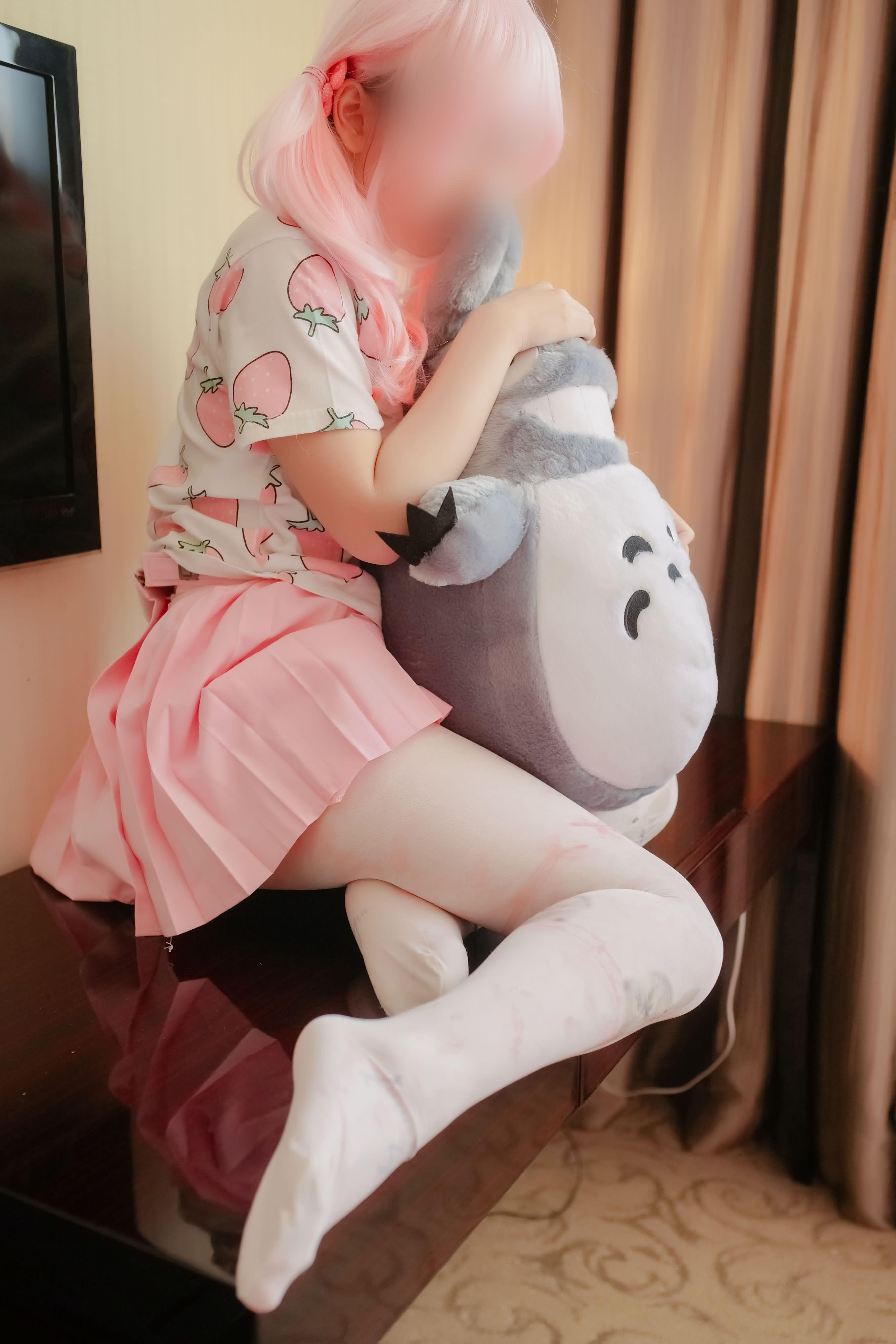 ZKaoF9 - 【The Girl Theater】 少女映画 Cosplay 龙猫与少女 90P