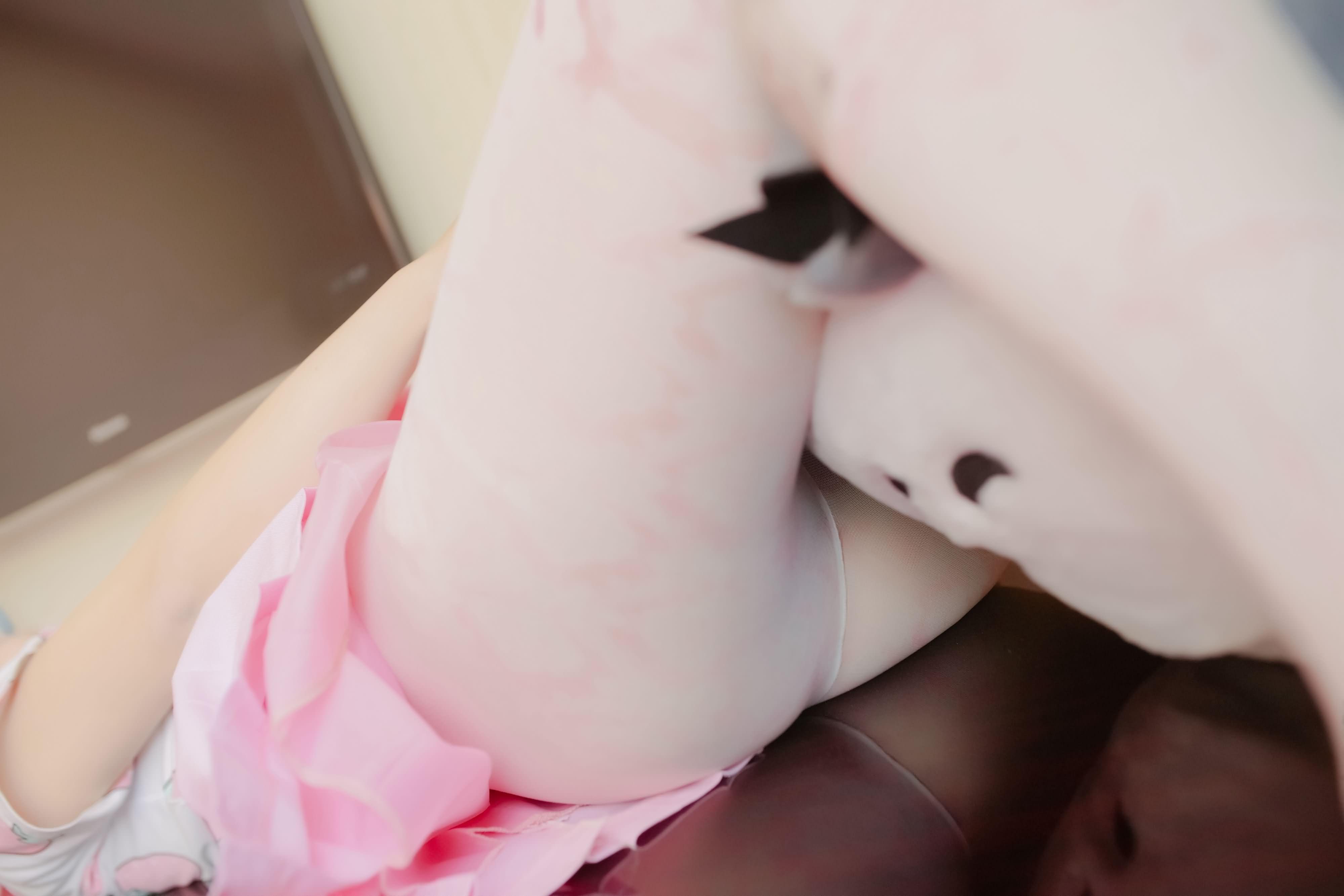 naWsEx - 【The Girl Theater】 少女映画 Cosplay 龙猫与少女 90P