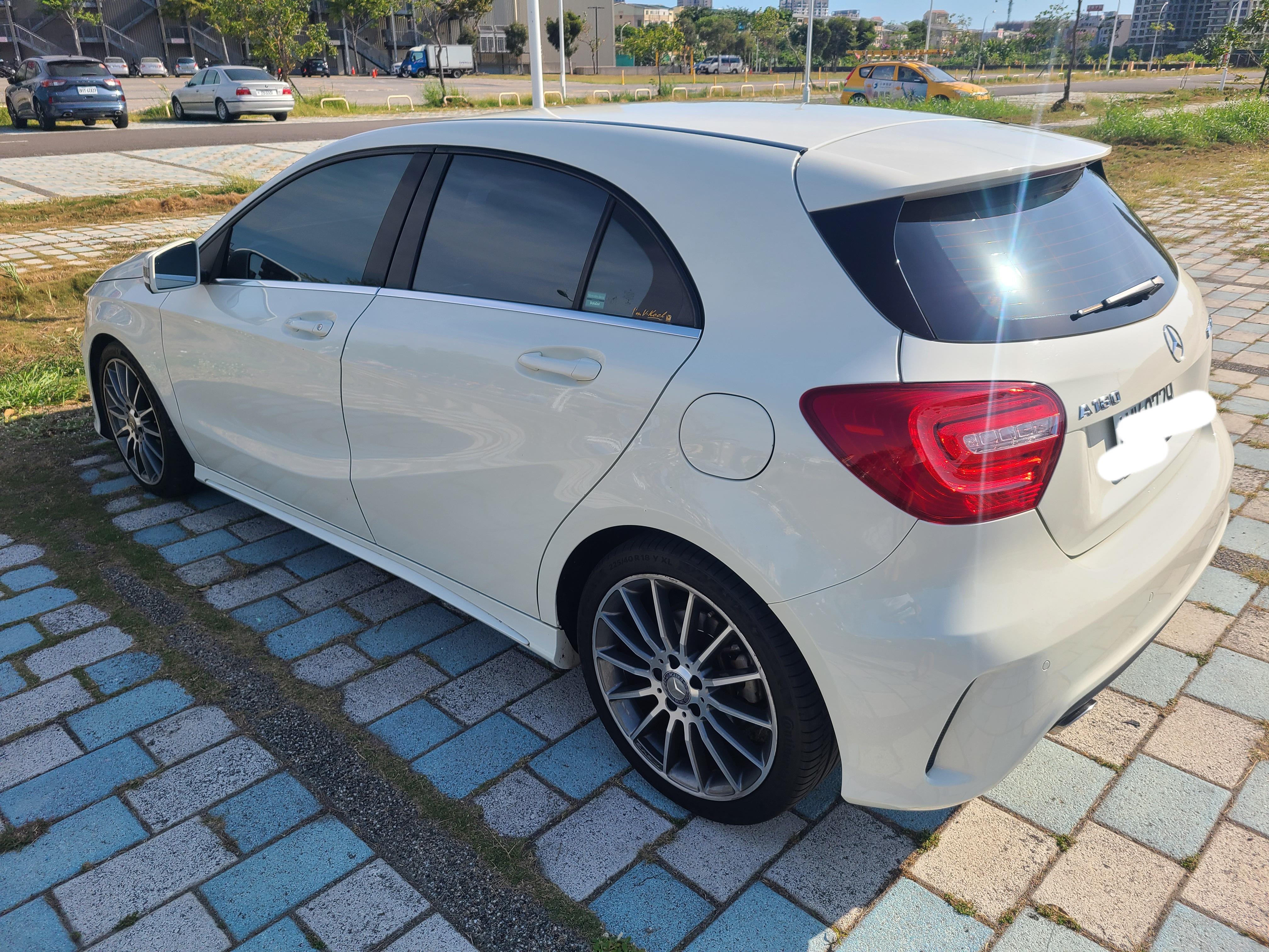 [售車] 售2015年 A180 白色