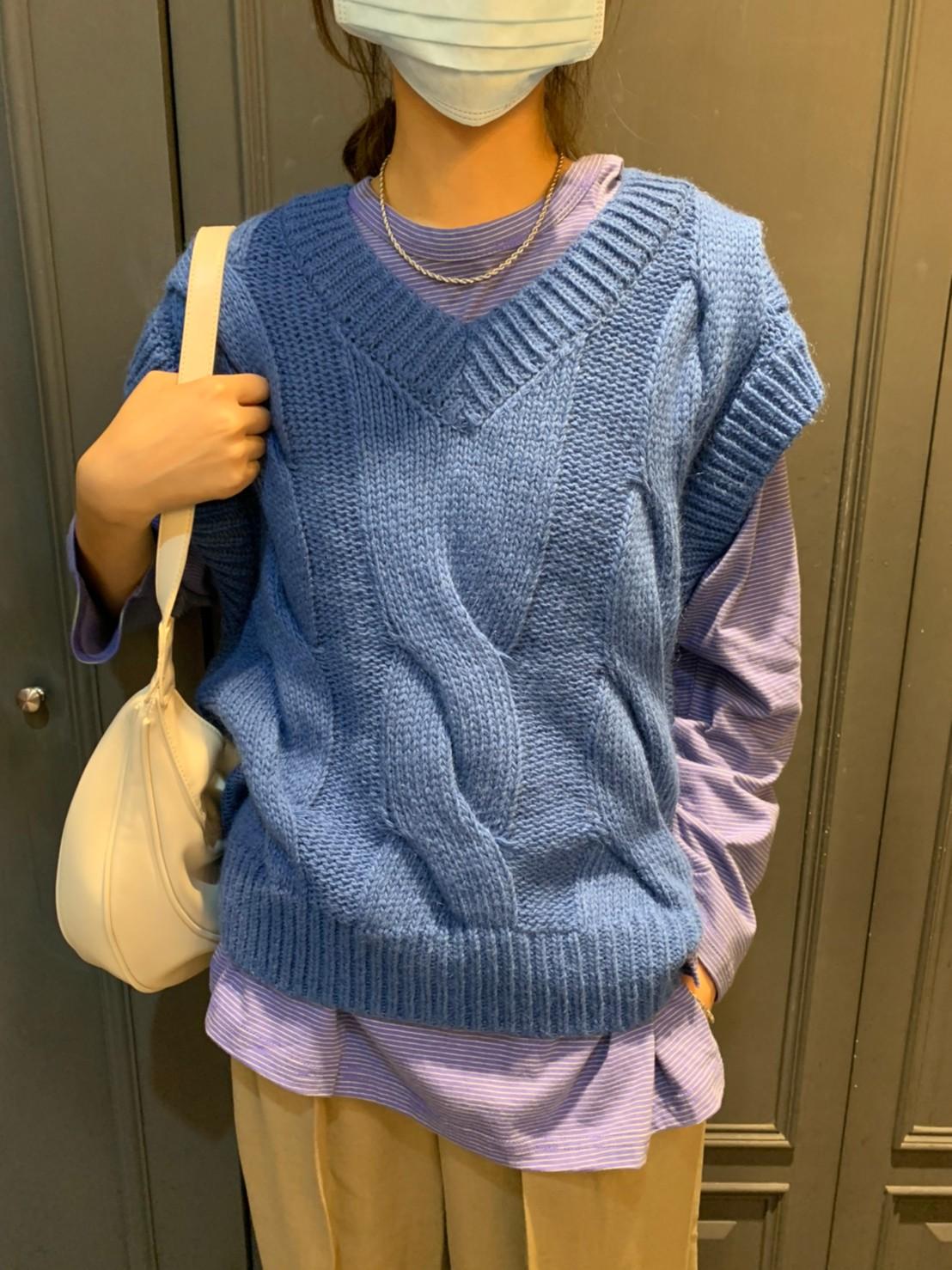 (N35)麻花辮針織背心